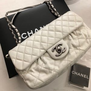 CHANEL Caviar Quilted Mini Rectangular Flap